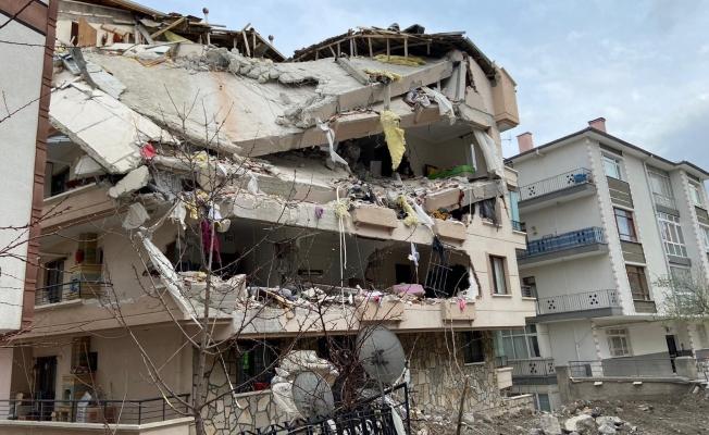 Mimarlar: ''Bugün yaşanan durum yıllara yayılan yanlış kentleşme ve planlanma sürecinin bir sonucudur''