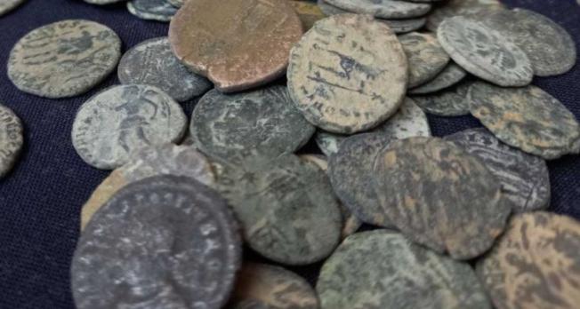 Tarihi Eser Kaçakçılarına Operasyon; 3 Bin 540 Antik Para Ele Geçirildi