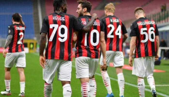 Hakan Çalhanoğlu Juventus yolunda