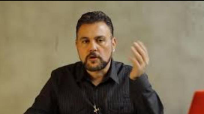 Muratoğlu: Siz gidin apartman falan yönetin, ülkeye çok büyük zararlar veriyorsunuz