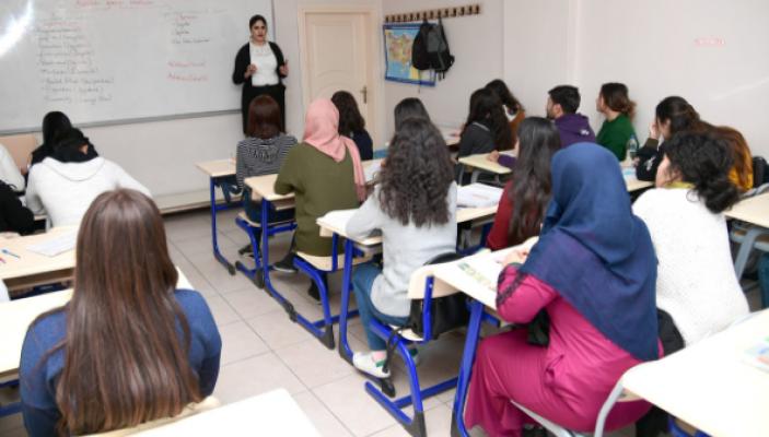 Bakan Selçuk: Okul Çağındaki 433 Bin Çocuk Sığınmacı Eğitim Görmüyor