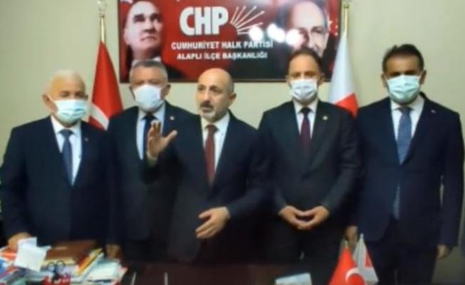 """CHP'li Öztunç; 128 Milyar Doları Buharlaştır, Demirören'e 750 Milyon Doları Kaptır, """"Milleti De Siz Doyurun"""" De, Yapacağız, CHP'li Belediyeler Yapıyor!"""