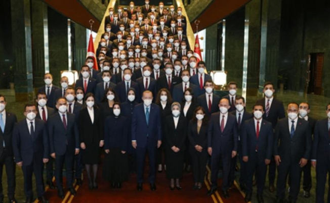Erdoğan aynı karede yer almak istemedi mi? Süleyman Soylu o fotoğrafa neden girmedi?