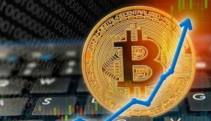 Yurttaşları 3 milyon TL dolandırıp parayı Bitcoin'e yatırdılar
