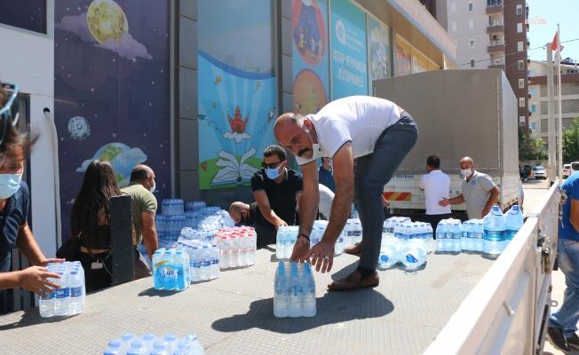 Antalya Büyükşehir Belediyesi, Manavgat için 19 ilçede bağış merkezi kurdu