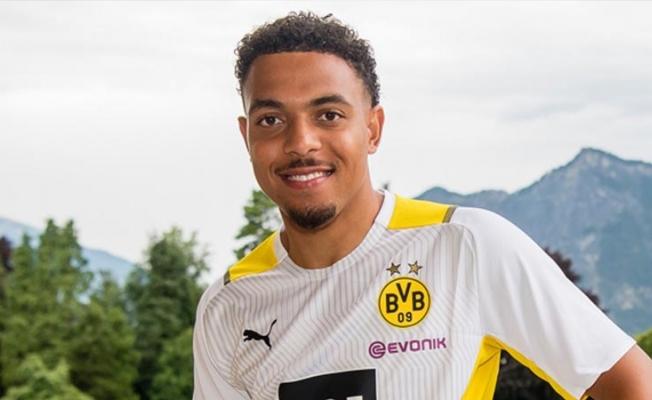 Borussia Dortmund, Malen transferi için 34 milyon Euro ödedi
