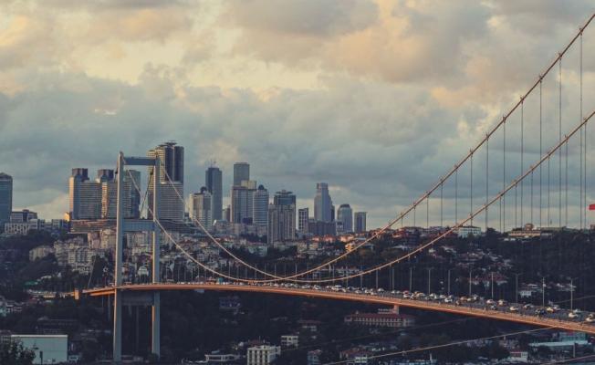 CHP'li Akın: 17 günlük tam kapanmada kullanılmayan köprü ve otoyollara 100 milyonlarca lira ödenecek