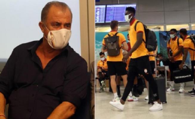 Galatasaray kafilesine 2,5 saat su bile ikram edilmedi! Fatih Terim futbolculara 'pasaportlar verilmeyecek' talimatı verdi!