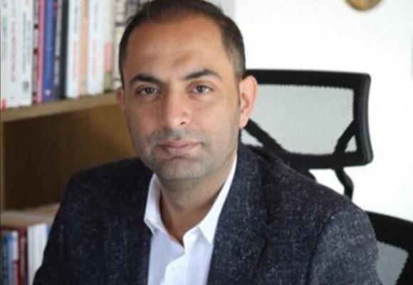 Murat Ağırel: Son kullanma tarihi 2013 olan ilaçların üzerine etiket yapıştırıp 2020 yapıldığı açıkça görülüyor!