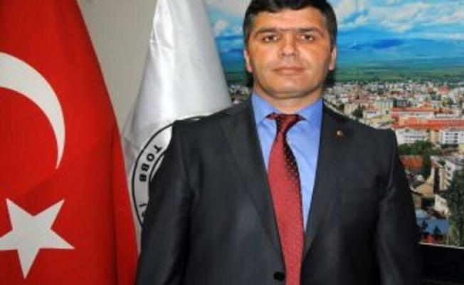 Muş eski TSO Başkanı ve AKP Milletvekili aday adayı Fatih Cengiz, CHP'ye geçti