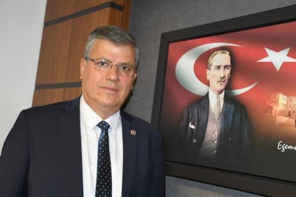 """Ayhan Barut; """"Türküler susmaz, asla susturamayacaklar"""""""