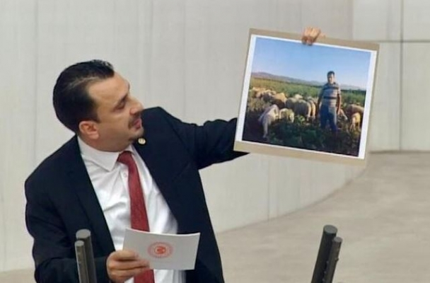 CHP'li Başevirgen: Bakanın 'kayırdık' dediği çiftçi kesinlikle bizim çiftçimiz değil
