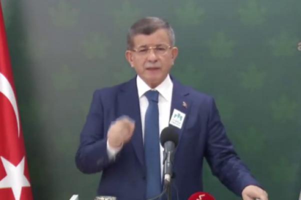 Davutoğlu: Biz ayrıldıktan sonra AK Parti Bahçeli ve Perinçek'in rotasına girdi