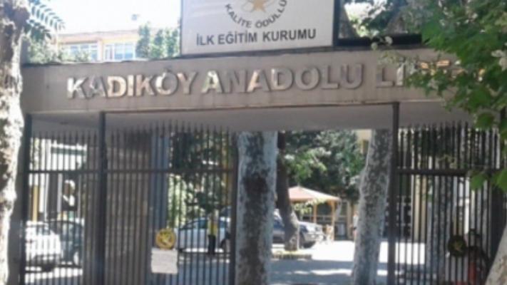LGS'de 50 puan düşük alan öğrenci, komisyon kararıyla Kadıköy Anadolu Lisesi'ne girmiş