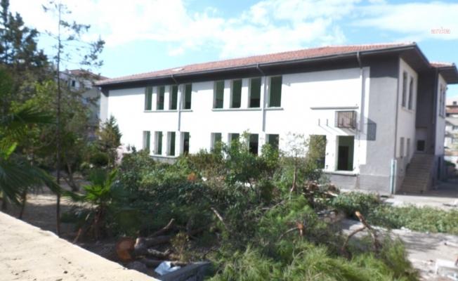 MEB'den İzmir'deki 92 yıllık okulun yıkımıyla ilgili açıklama