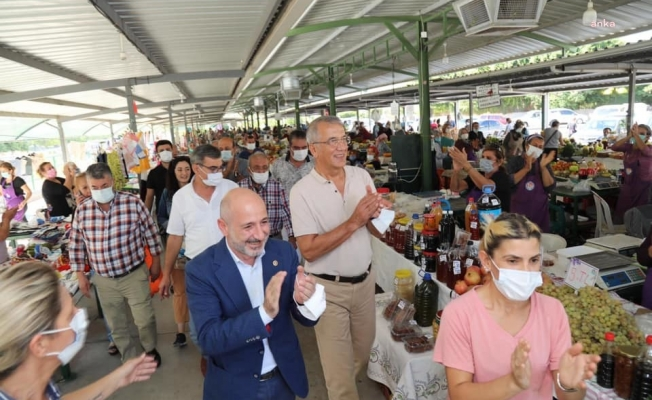 """CHP'li Öztunç: """"Sarayda yaşayıp mangoyu kurutanları pazar gezmeye davet ediyoruz"""""""