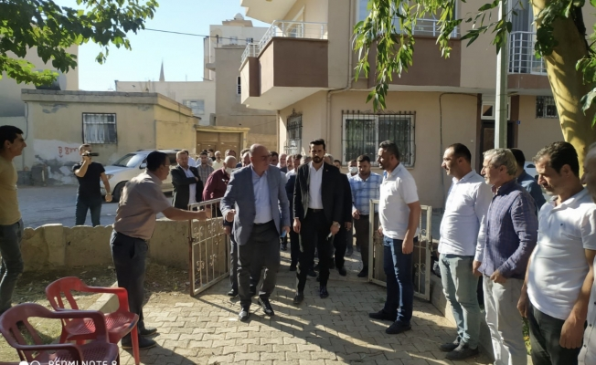 CHP'li Tanal, Cizre'de esnafla buluştu