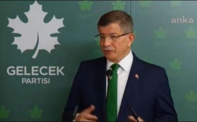 """Davutoğlu: """"Milletin Geleceğini Karartmayın!"""""""
