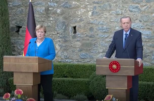 """Erdoğan: """"Yargı Bağımsızdır; Cumhurbaşkanı Olarak Müdahale Etmem Söz Konusu Değil"""""""