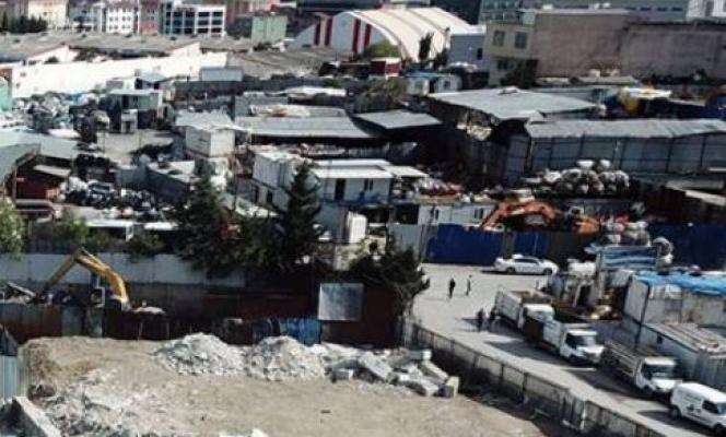 Kâğıt işçilerinin depolarına polis baskını sonrası İstanbul Valiliği'nden açıklama geldi