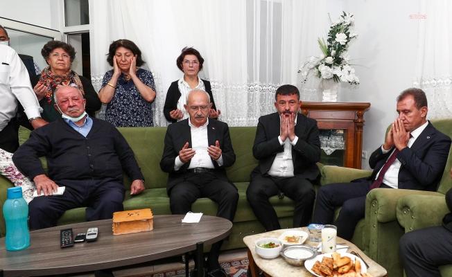 Kılıçdaroğlu, Malatya'ya giderek Ağbaba'ya taziyede bulundu