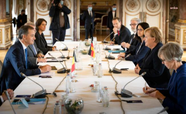 Merkel'e Belçika'nın En Yüksek Onur Nişanı Verildi