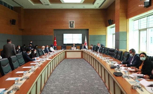 """Müsilaj Araştırma Komisyonu'nda konuşan Prof. Öztürk: """"Ulusal seferberlik ilan edelim"""""""