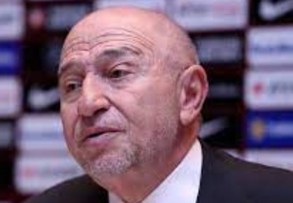Nihat Özdemir: Hem bazı hakem kararlarından hem de bazı VAR uygulamalarından biz de rahatsızız
