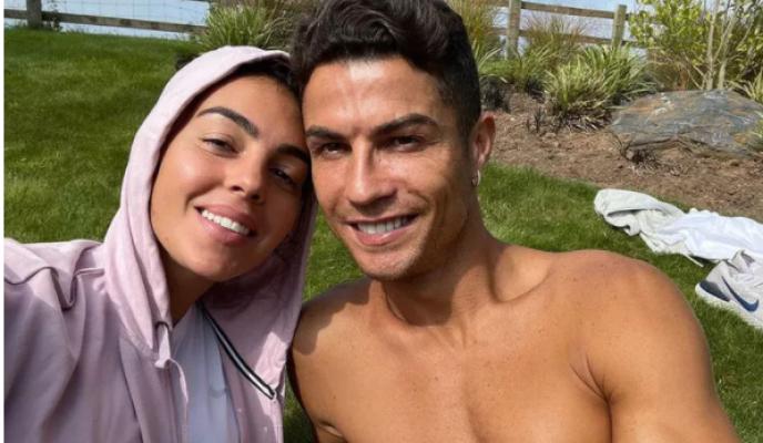 Ronaldo kesenin ağzını açtı! 124 bin Euro'luk hediye