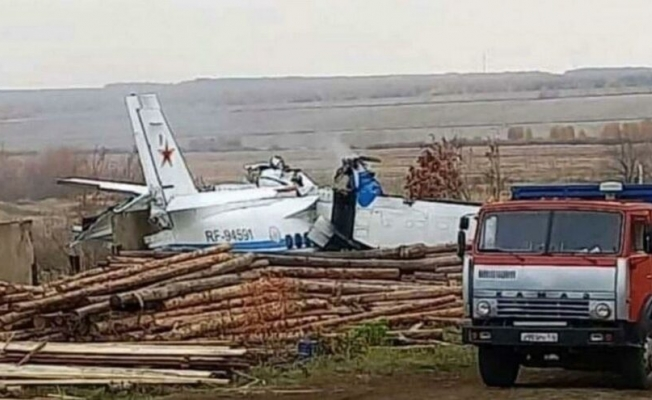 Rusya'da uçak düştü: 19 ölü