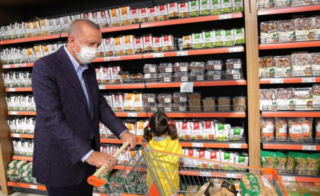 Temel gıdaları almayan Erdoğan, market alışverişine 1002 lira ödemiş