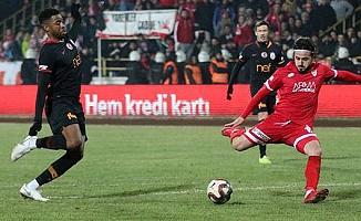 İsmail Haktan Odabaşı'nın sözleşmesi gol kaçırdığı için feshedildi
