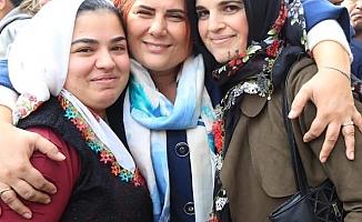 Kadınlar Başkan Çerçioğlu'yla Birlikte
