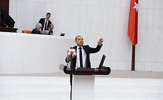CHP'li Aygun'dan futbol toplu TARIM eleştirisi
