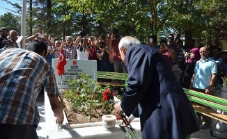 Ömer Halisdemir'in babası ve Kılıçdaroğlu telefonda görüştü