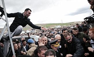 Abdülkadir Selvi: Saldırganlara destek vermek için birileri organize olup harekete geçmiş