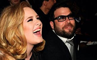 Adele kocasına bir servet ödeyecek