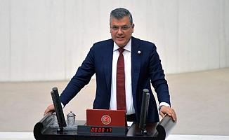 """Ayhan Barut, Tarım Bakanı'na bir daha seslendi; """"Mağdur üreticiler için acil çözüm planınız var mı?"""""""