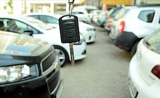 İkinci el araç alacaklar dikkat; araba fiyatları galerilerden pahalı