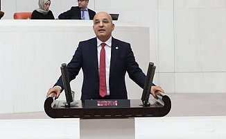 """CHP'li Polat: """"Gençlerimiz hem işsiz hem de devlete borçlu!"""""""
