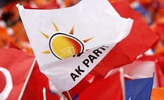 AKP'de yaprak dökümü! Davutoğlu'nun ardından AKP'de istifalar başladı