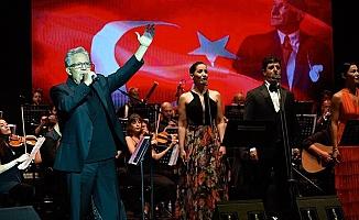 Zülfü Livaneli'den Gaziantep'te ilk konser