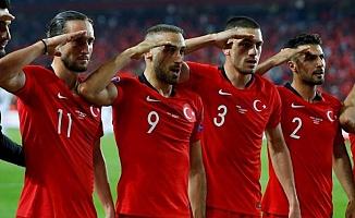 UEFA'da skandal: Asker selamına inceleme