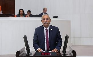 """""""AKP hem ülkeyi batağa soktu, hem de vatandaşları işsizliğe terk etti"""""""