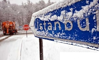 İstanbul'da beklenen kar geldi!