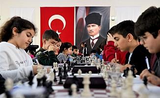 Seyhan Belediyesi'nden Satranç Turnuvası