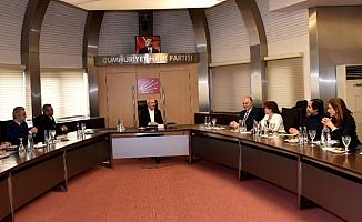 Kılıçdaroğlu, Tabipler Birliği ile Görüştü
