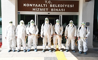 Konyaaltı Belediyesi'nden dezenfekte çalışması