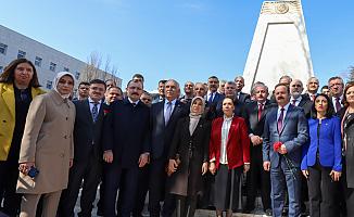 Meclis'te 15 Temmuz Şehitler Anıtı