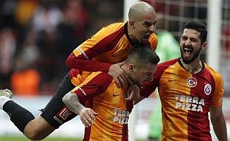 Galatasaray tüm maçlarını kazanırsa şampiyon!